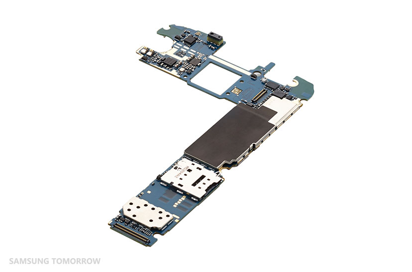 Teardown_GalaxyS6_Inside_10